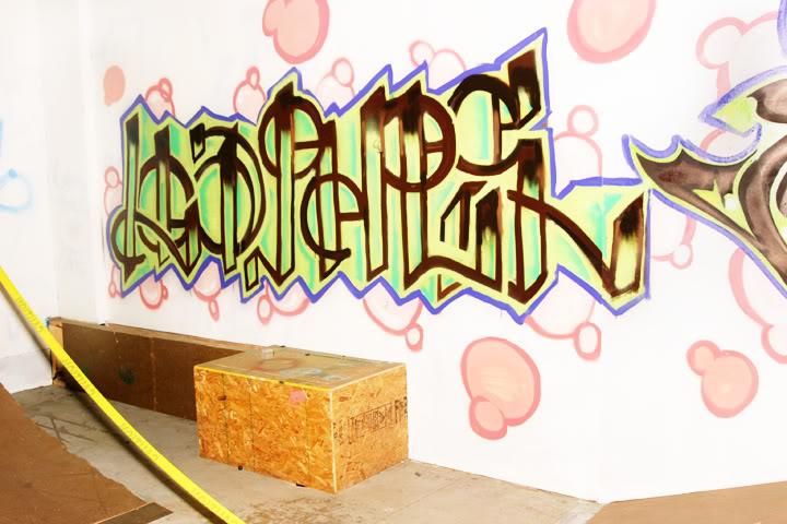 aimg.photobucket.com_albums_v223_loafis_loapheslapeer.jpg