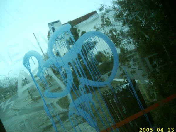 ai3.photobucket.com_albums_y68_skimnec_3smops.jpg