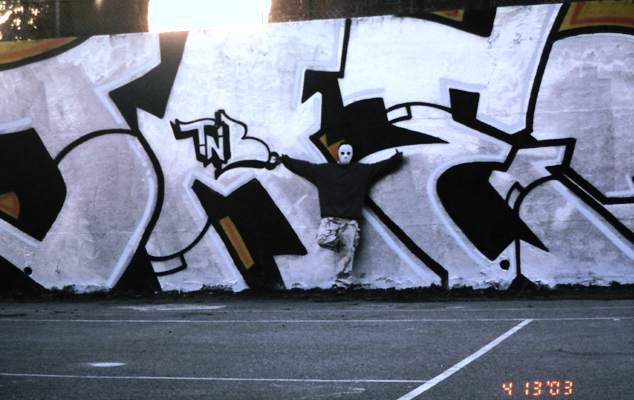 awww.graffiti.org_conn_action.jpg