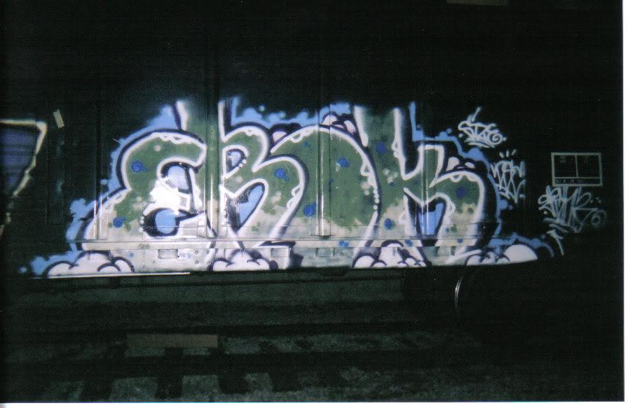 aimg.photobucket.com_albums_v371_turnoffyourradar_28651204183104.jpg