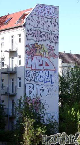 awww.berlinexperte.de_line_line40.jpg