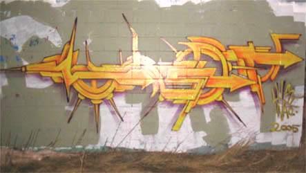 awww.graffiti.org_canada_lust_mech1_orange_wall_05.jpg