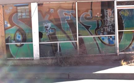 ai33.photobucket.com_albums_d59_mesrock_skaesf.jpg