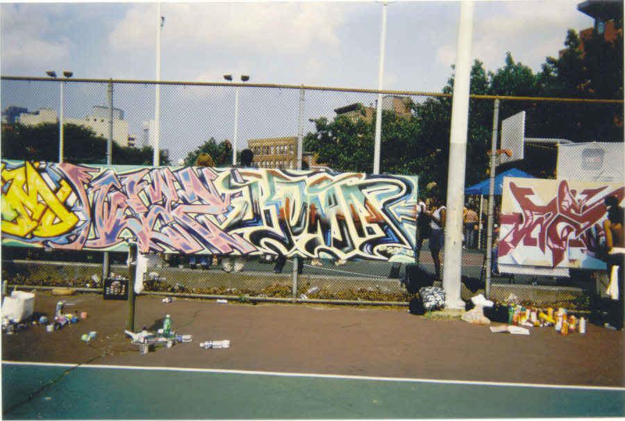 ai16.photobucket.com_albums_b10_thebest13_teaz_kuma.jpg