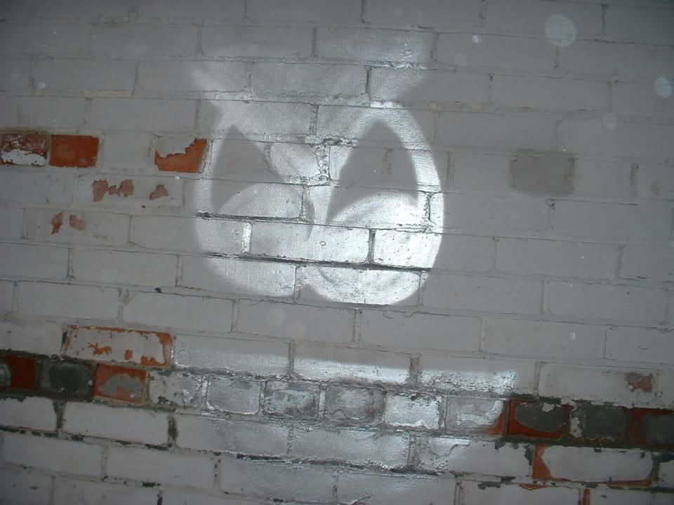 ai2.tinypic.com_rkwny9.jpg
