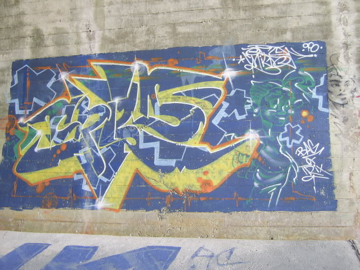 ai48.photobucket.com_albums_f231_michael2727_graff058.jpg