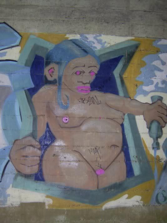 ai48.photobucket.com_albums_f231_michael2727_Revo4.jpg
