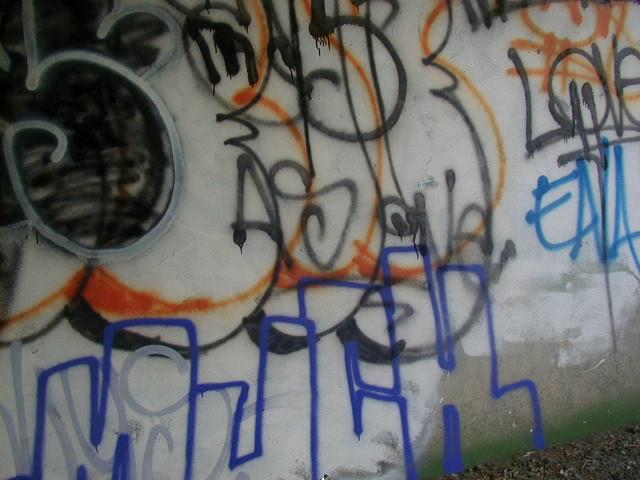 ai5.photobucket.com_albums_y158_AlexheartsJennifer_P1010016.jpg