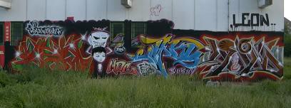 aimg.photobucket.com_albums_v680_plastic1_tt.jpg