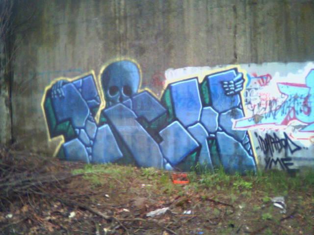 ai9.photobucket.com_albums_a94_crimsonchost5_ich17.jpg