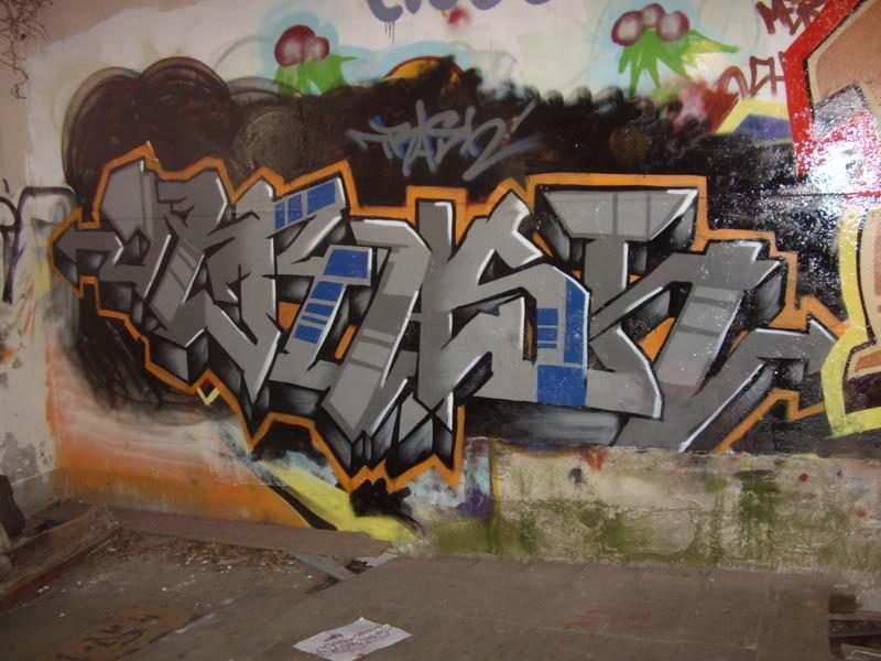 ai64.photobucket.com_albums_h194_trashhh__pieces_piece221.jpg