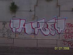 ai13.photobucket.com_albums_a282_selfdemise187_228687261_0ede9879c7_m.jpg