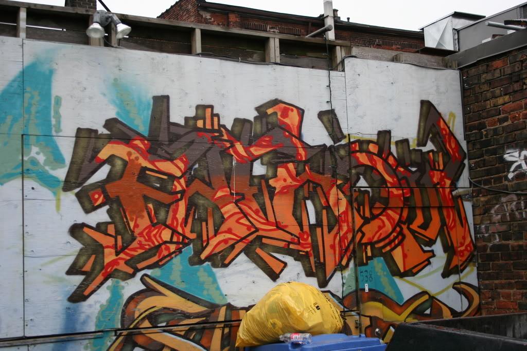 ai156.photobucket.com_albums_t39_chunks210_33374.jpg