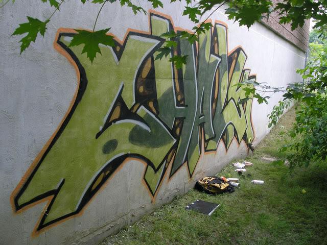 aimg.photobucket.com_albums_v495_k_vandal_splat_painted.jpg