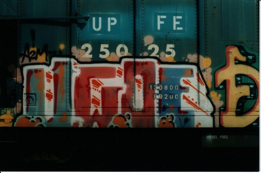 aimg.photobucket.com_albums_v159_labrodent_UGOEUPFE.jpg