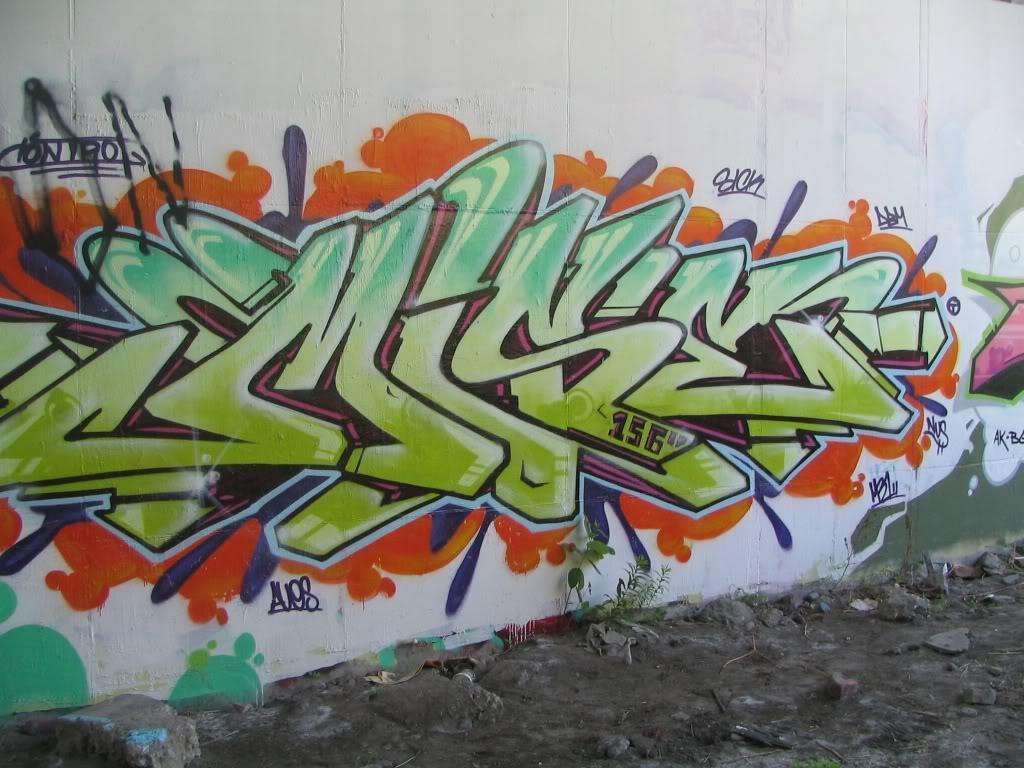 ai211.photobucket.com_albums_bb184_dimr_01_IMG_0094.jpg