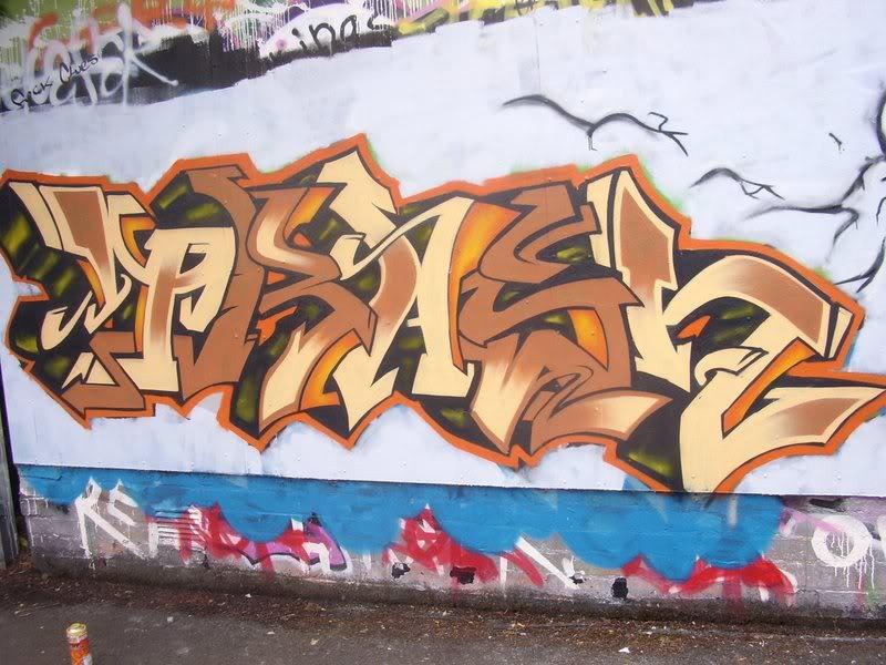 ai64.photobucket.com_albums_h194_trashhh__pieces_STA41118.jpg