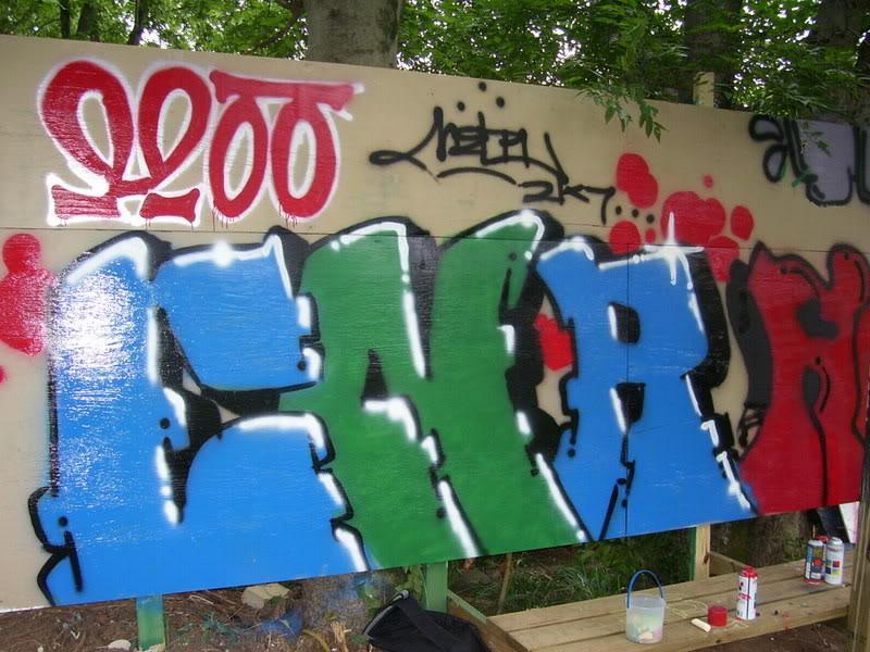 ai107.photobucket.com_albums_m304_hendrix228_100_2601.jpg