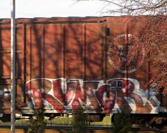 afarm1.static.flickr.com_117_303192948_f53cee4d20_m.jpg