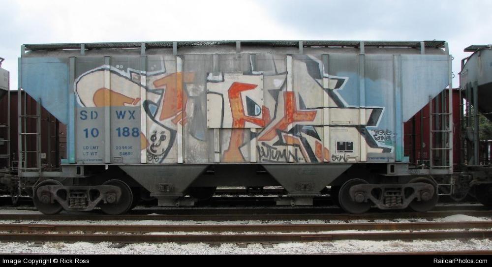 awww.railcarphotos.com_pix_30_SDWX_2010188_west_20palm_20beach_20FL_Rick_20Ross_2006_02_02_30361.jpg