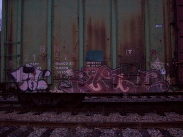 ai260.photobucket.com_albums_ii37_comatoastoner_bench_100_0196.jpg