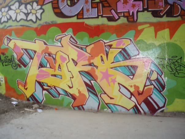 ai17.photobucket.com_albums_b77_JoeCurry403_tars.jpg