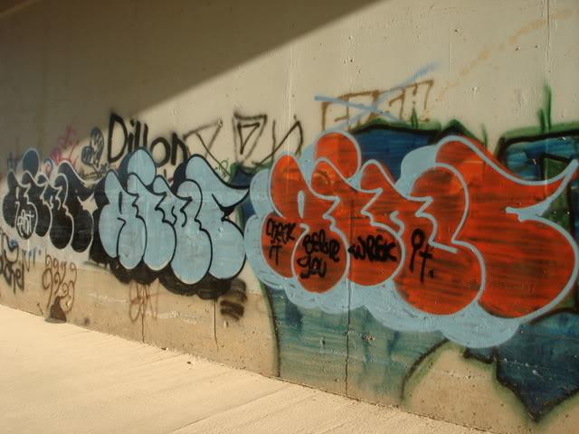 ai35.photobucket.com_albums_d175_randomhero6979_DSC00721.jpg
