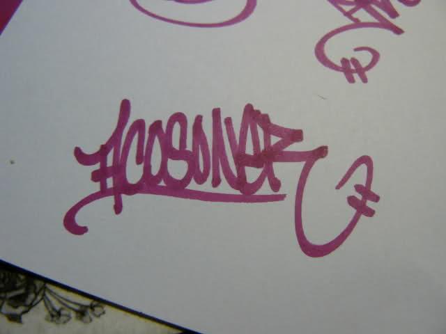 ai32.tinypic.com_25zlatx.jpg