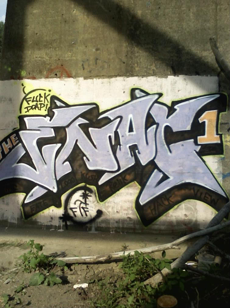 ai186.photobucket.com_albums_x155_rezn2007_0702081738c_1.jpg
