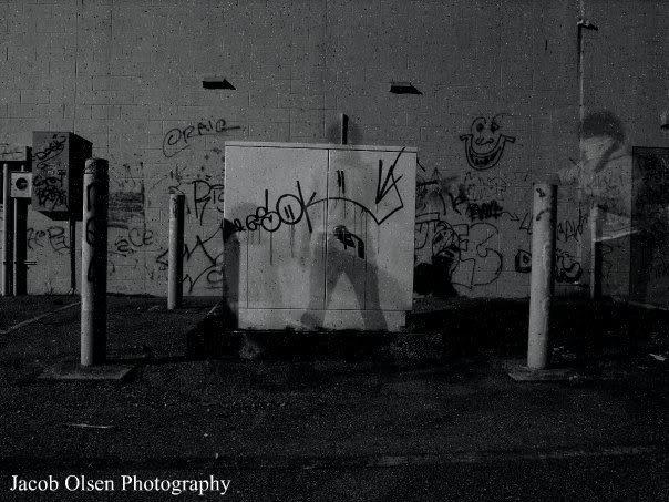 aimg.photobucket.com_albums_v320_omegadclxvi_godwhoisthatsexyghost.jpg