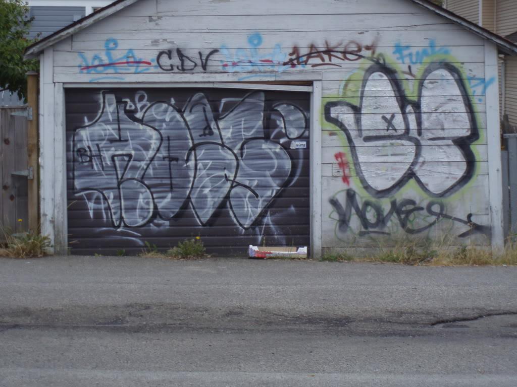 ai281.photobucket.com_albums_kk230_erieone_P7270064.jpg