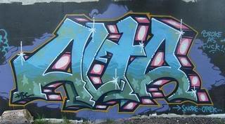 ai39.photobucket.com_albums_e154_yoyoblow_100_0388.jpg