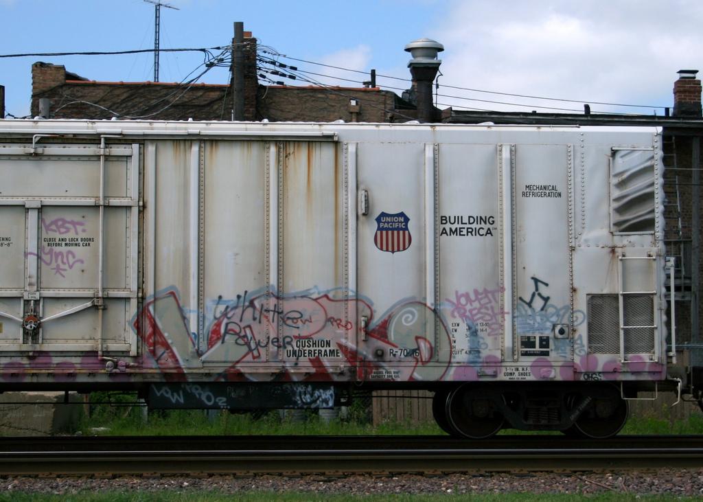 afarm4.static.flickr.com_3239_2760570641_c16befa521_b.jpg