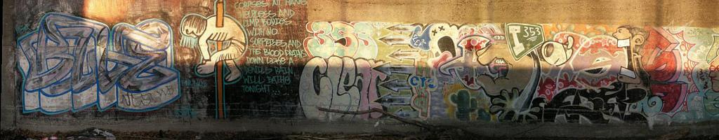 afarm4.static.flickr.com_3234_2535362892_2ccba30890_b_d.jpg