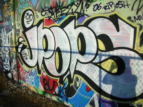 ai300.photobucket.com_albums_nn11_tfGoldenKids_2918065626_f2ff82dfc2.jpg