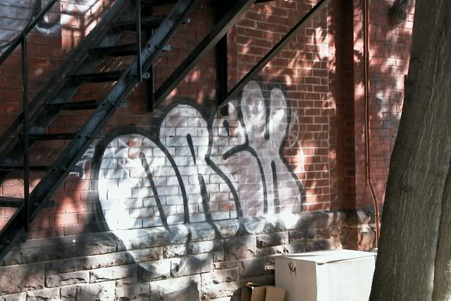 ai211.photobucket.com_albums_bb184_dimr_01_AUT_9357.jpg