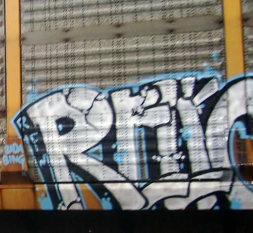 ai35.tinypic.com_28lw3ug.jpg