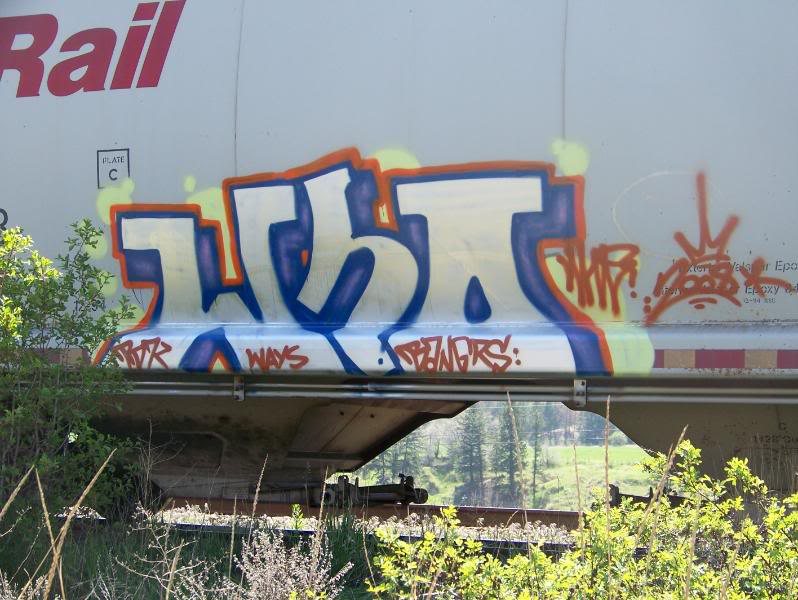 ai75.photobucket.com_albums_i318_poochyjames_100_1383.jpg