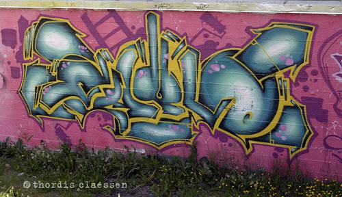 afarm2.static.flickr.com_1389_1131370594_6d4e7598ab.jpg_a4f0a23c50a330cf1bf56cae6c33a893.jpg