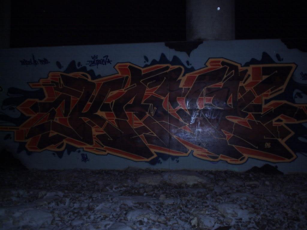 ai435.photobucket.com_albums_qq75_saykeoner_P1010531.jpg