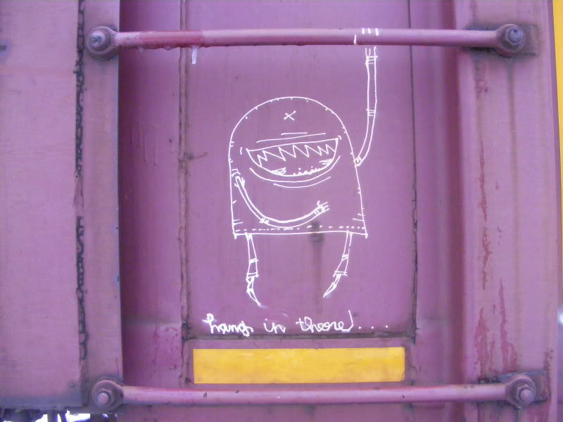 ai381.photobucket.com_albums_oo257_CaNaDuH905_trains_graffitipics965.jpg