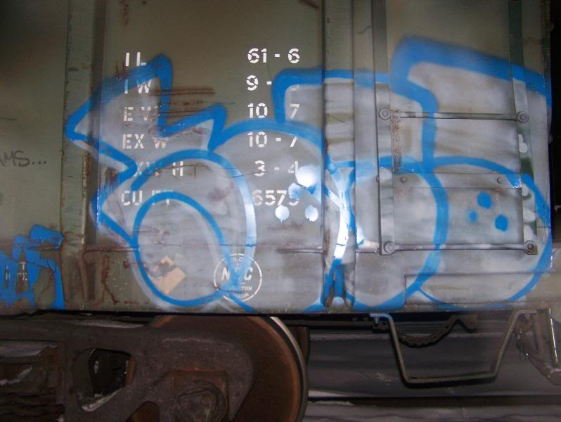 ai75.photobucket.com_albums_i318_poochyjames_100_2032.jpg