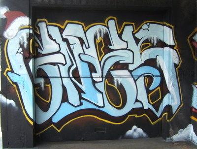 amedia.phoenixnewtimes.com_christmas_graffiti_at_madison_events_center.2856844.36.jpg