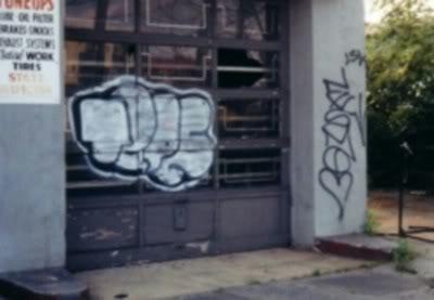 ai298.photobucket.com_albums_mm261_zootedkid_tipe_1.jpg