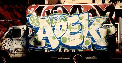 awww.graffiti.org_maseo_JAN01_Update_FRIENDS_adek1.jpeg