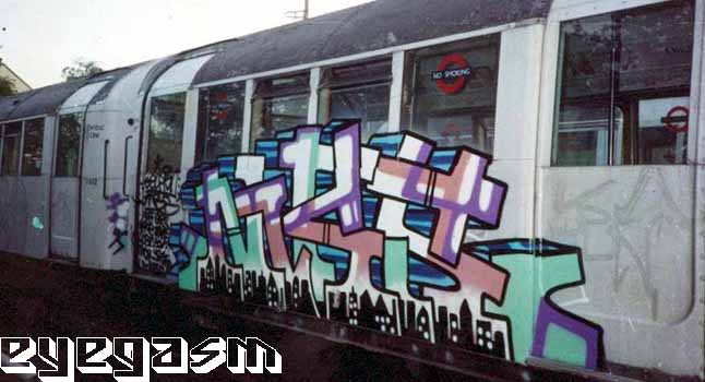 awww.graffiti.org_eyegasm_big_m_mbs1.jpg