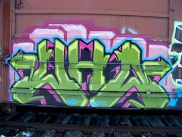ai75.photobucket.com_albums_i318_poochyjames_100_2323.jpg
