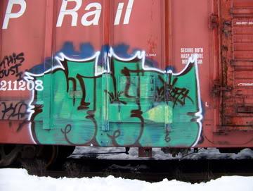 ai75.photobucket.com_albums_i318_poochyjames_100_2314.jpg