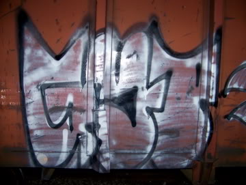 ai75.photobucket.com_albums_i318_poochyjames_100_2336.jpg