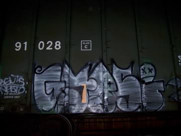 ai75.photobucket.com_albums_i318_poochyjames_100_2342.jpg